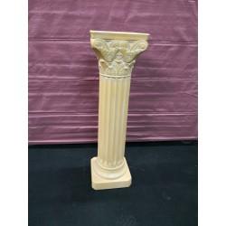 Columna decoración en yeso para alquilar