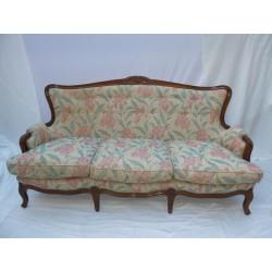 Sofá clásico restaurado