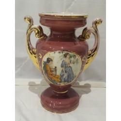 Jarrón de cerámica decorado