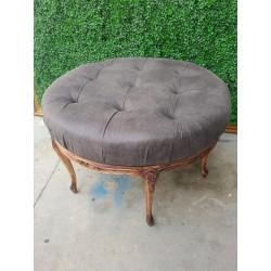 Mesa redonda tapizada