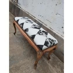 Banquillo largo tapizado
