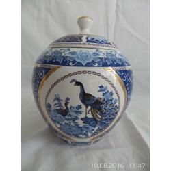 Tarro de cerámica pintada a mano