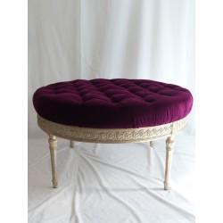 Mesa renacentista redonda tapizada
