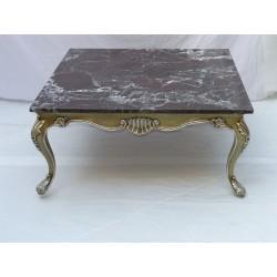 Mesa cuadrada estilo luis xv