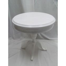 Mesa redonda con detalles tallados