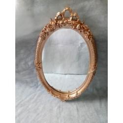 Espejo color oro para alquilar